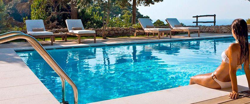 Nezapomínejte na bazény – čím a jak ošetřit vodu?
